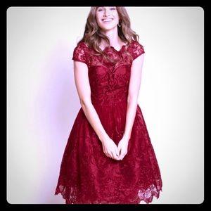 Chi Chi London burgundy lace dress ss US 20